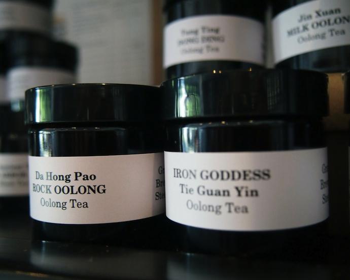 tea-auction2